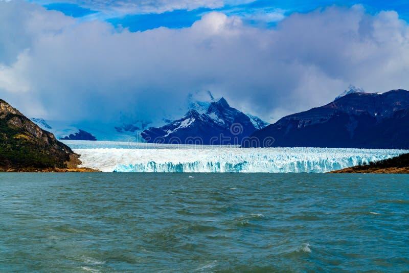 Vista del glaciar Perito Moreno y del lago argentina imagenes de archivo