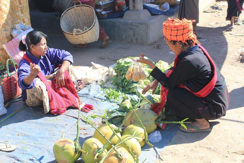 Download Vista Del Lago Myanmar Inle Fotografia Editoriale - Immagine di pagan, mele: 55355461