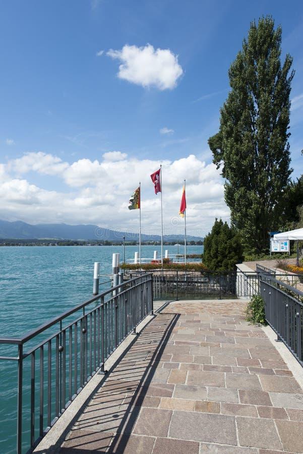 Vista del lago Thun fotografie stock libere da diritti