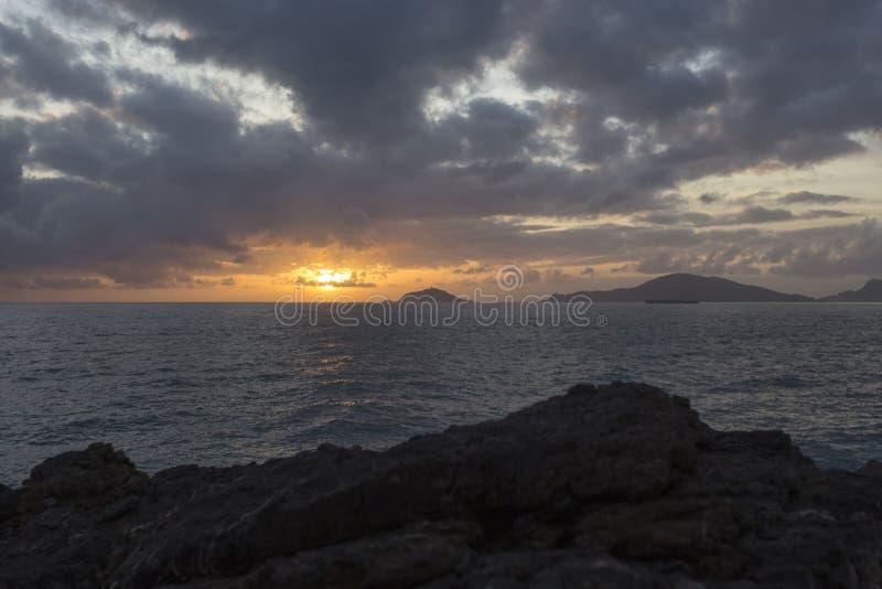 Vista del mar durante invierno de Tellaro fotos de archivo libres de regalías