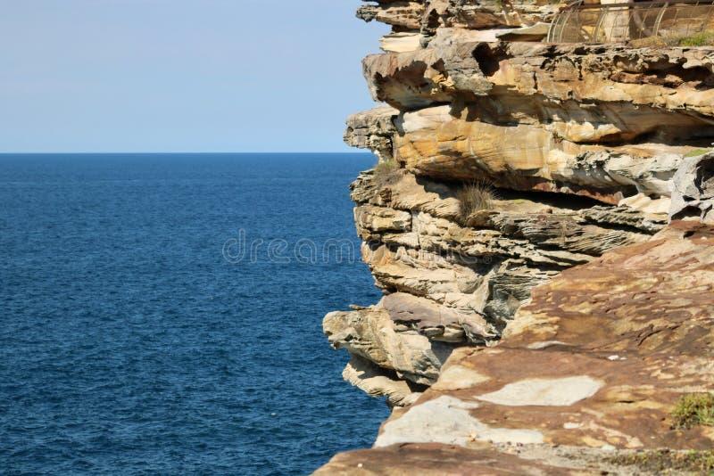 Vista del mare dalla baia Sydney Australia di Watsons fotografie stock