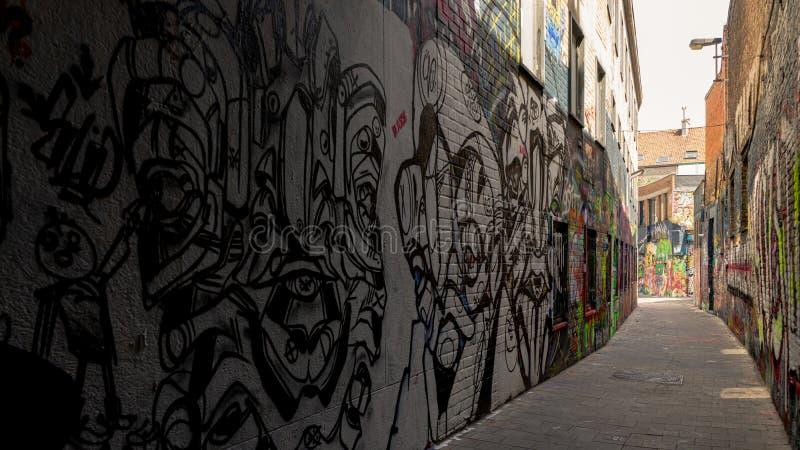 Vista del materiale illustrativo sulla via dei graffiti fotografie stock libere da diritti