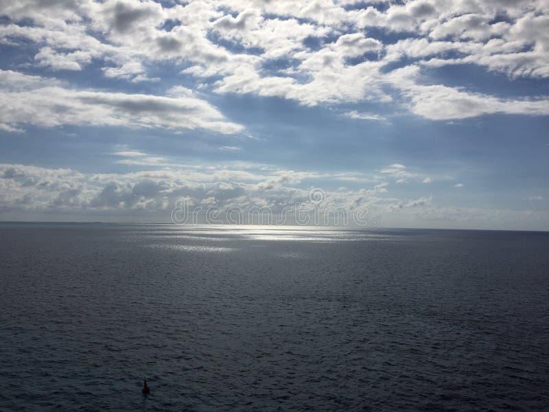 Download Vista del Océano Atlántico imagen de archivo. Imagen de nave - 64200595