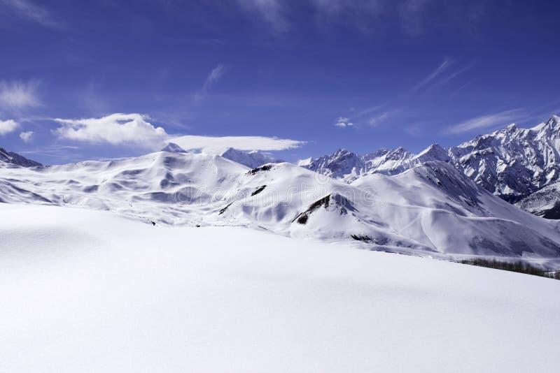Vista del paesaggio della montagna fotografie stock