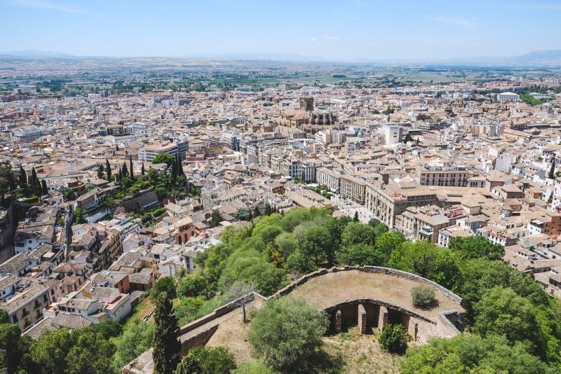 Vista del paesaggio di Granada dal palazzo di Alhambra immagini stock