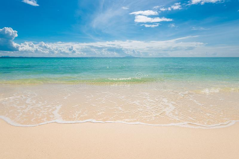 vista del paisaje idealista hermoso del mar de Andaman foto de archivo libre de regalías