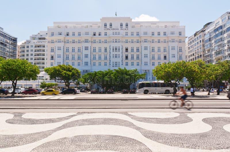 Vista del palacio de Copacabana del hotel en Rio de Janeiro foto de archivo