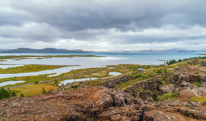 Vista del parco nazionale di Thingvellir nel cerchio dorato dell'Islanda L'Islanda sudoccidentale fotografia stock libera da diritti
