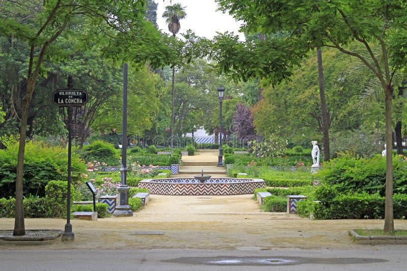 Vista del parque de Maria Luisa en Sevilla foto de archivo