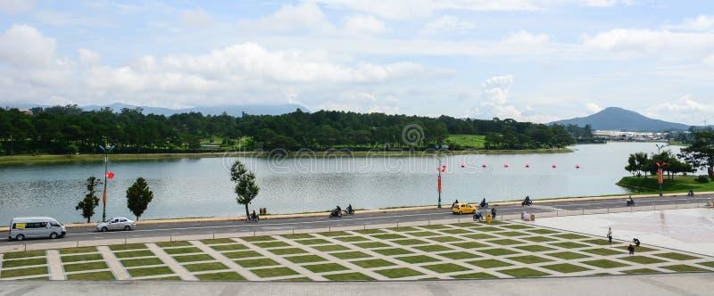 Vista del parque de Yersin en Dalat, Vietnam imagenes de archivo
