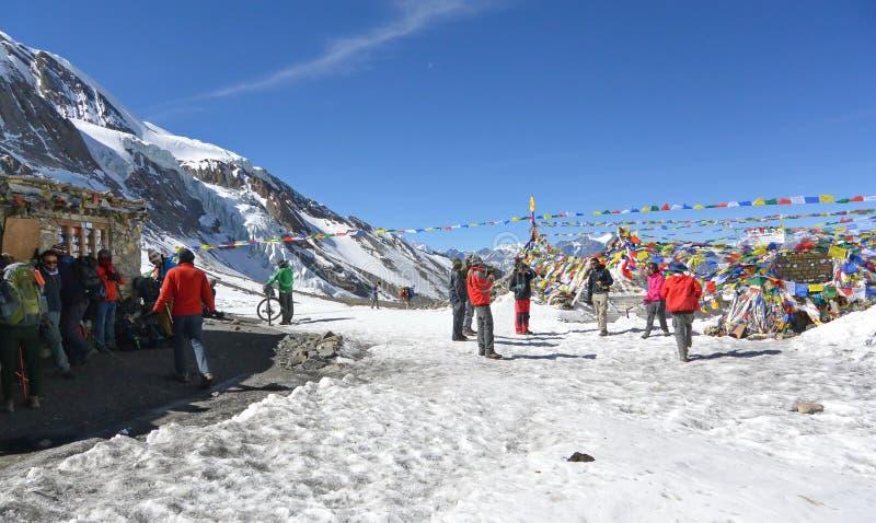 Vista del passaggio della La di Thorong Area di Annapurna nepal immagini stock