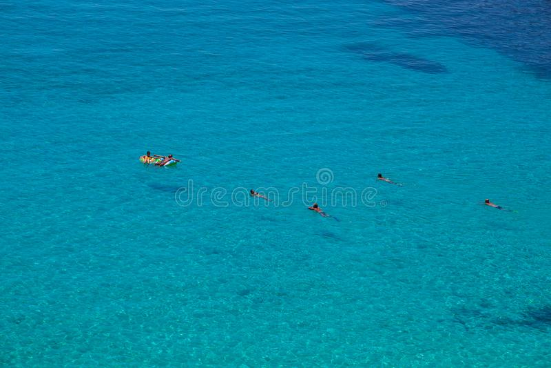 Vista del posto del mare più famoso di Lampedusa, conigli di dei di Spiaggia fotografia stock libera da diritti