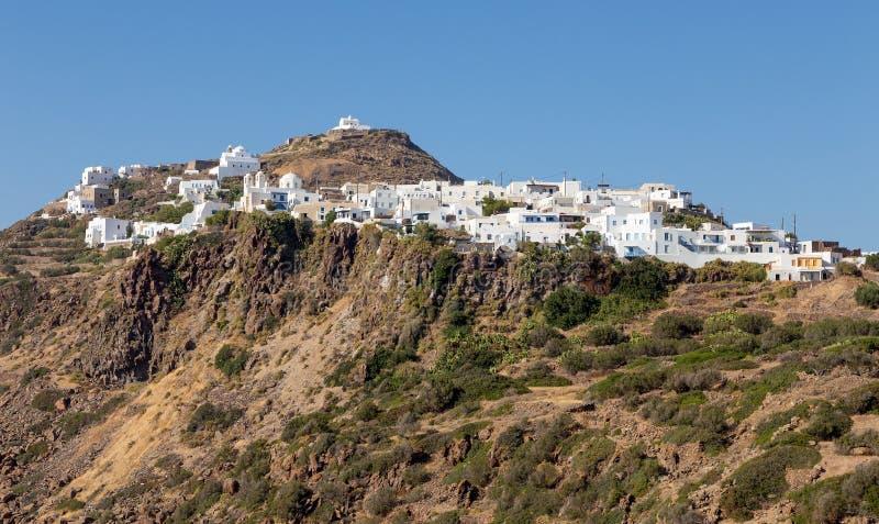 Vista del pueblo de Plaka, Milos isla, Cícladas, Grecia imagen de archivo