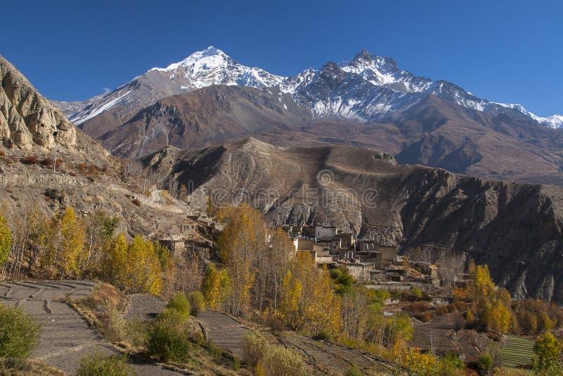 Vista del pueblo Jhong foto de archivo libre de regalías