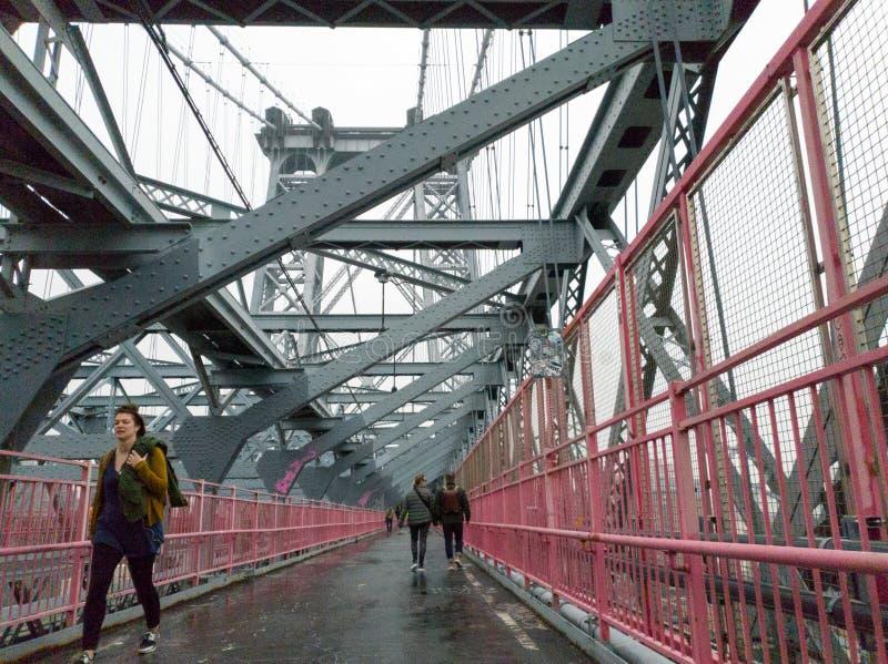 Vista del puente de Williamsburg de Brooklyn, Nueva York foto de archivo libre de regalías