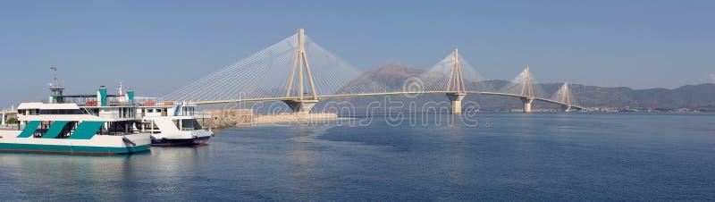 Vista del puente moderno fotografía de archivo libre de regalías
