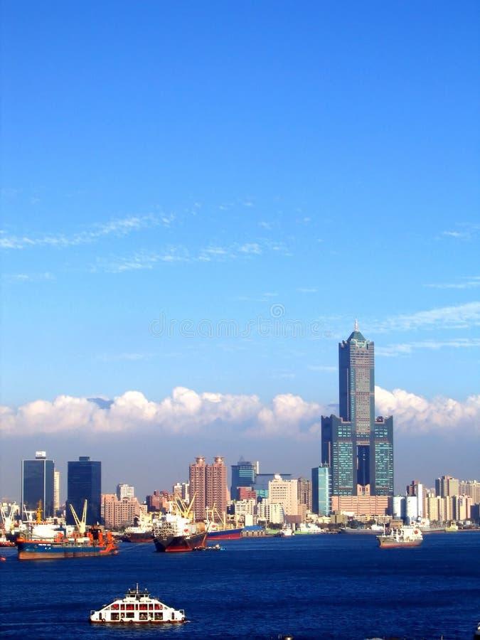 Vista del puerto de Kaohsiung en Taiwán fotografía de archivo libre de regalías