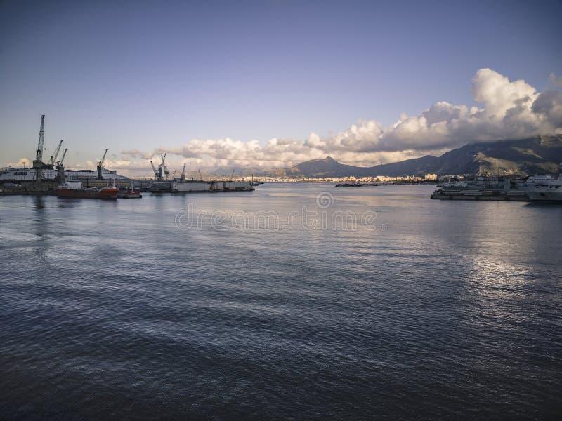 Vista del puerto de Palermo #3 fotos de archivo