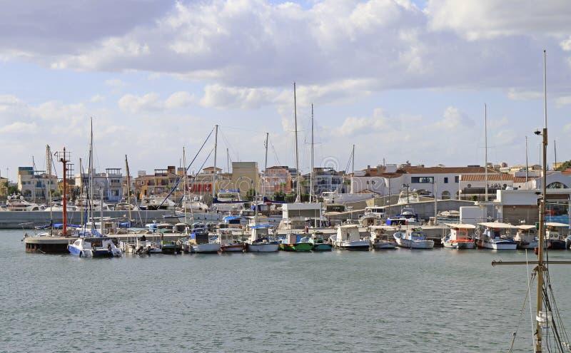 Vista del puerto viejo de Limassol imagen de archivo