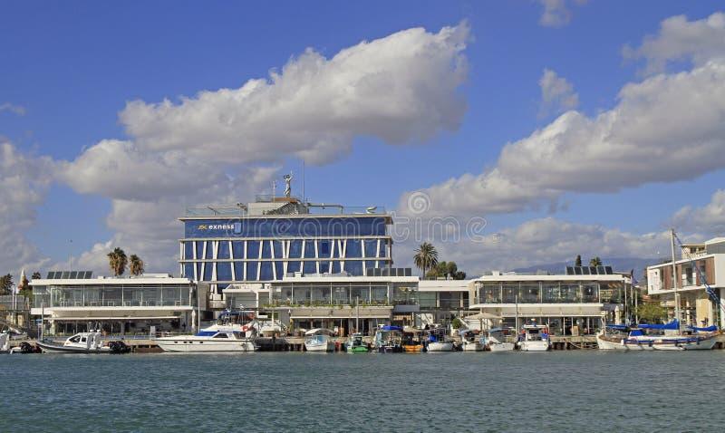 Vista del puerto viejo de Limassol foto de archivo