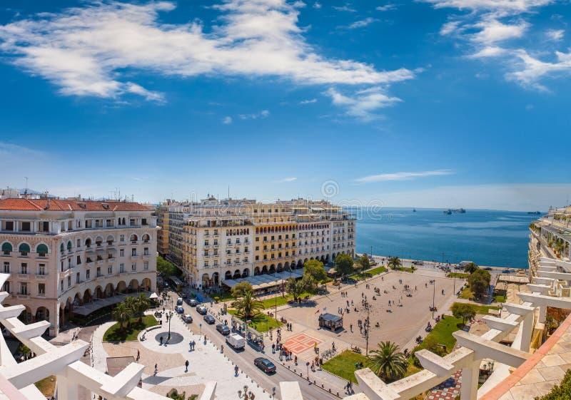 Vista del quadrato di Aristotelous, il cuore di Salonicco immagini stock libere da diritti