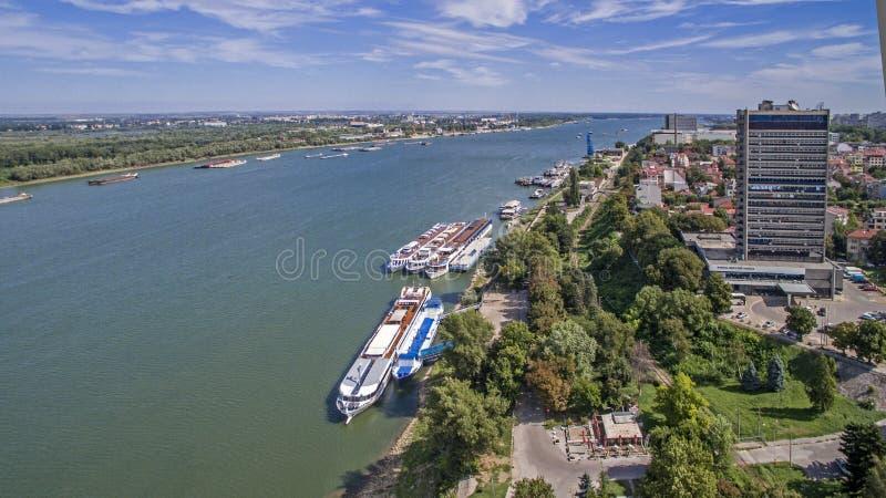Vista del río Danubio desde arriba foto de archivo libre de regalías