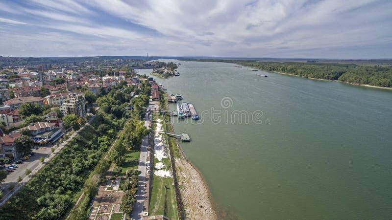 Vista del río Danubio desde arriba fotos de archivo libres de regalías