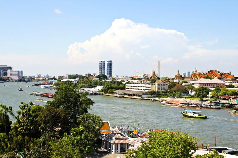 Vista del río de Chao Praya en Bangkok imágenes de archivo libres de regalías
