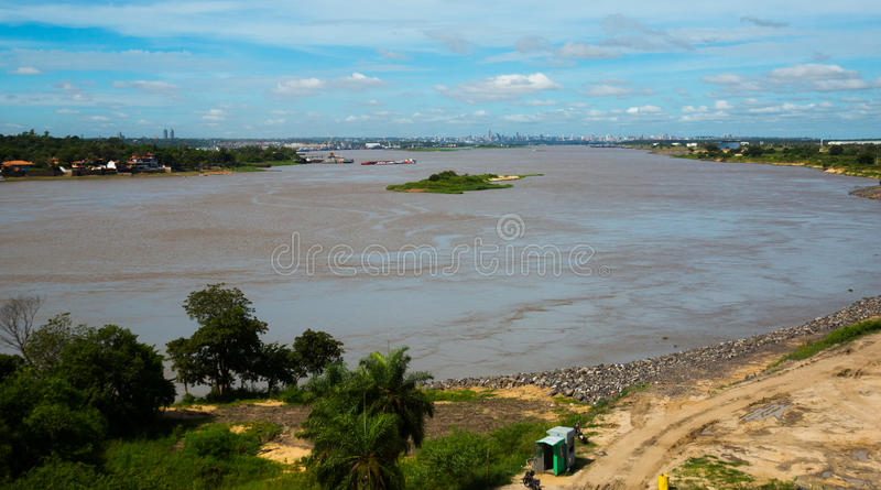 Vista del río de Paraguay Asuncion, Paraguay fotografía de archivo