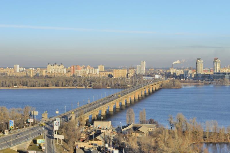Vista del río Dnieper imagenes de archivo