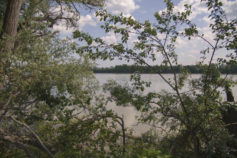 Vista del río Po imagenes de archivo