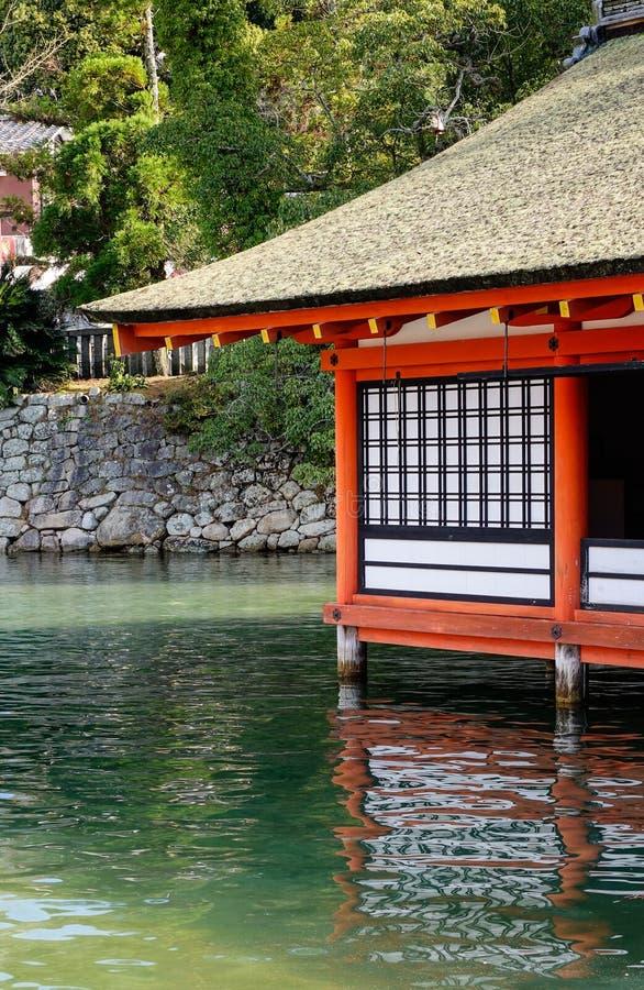 Vista del santuario di Itsukushima a Hiroshima, Giappone immagini stock