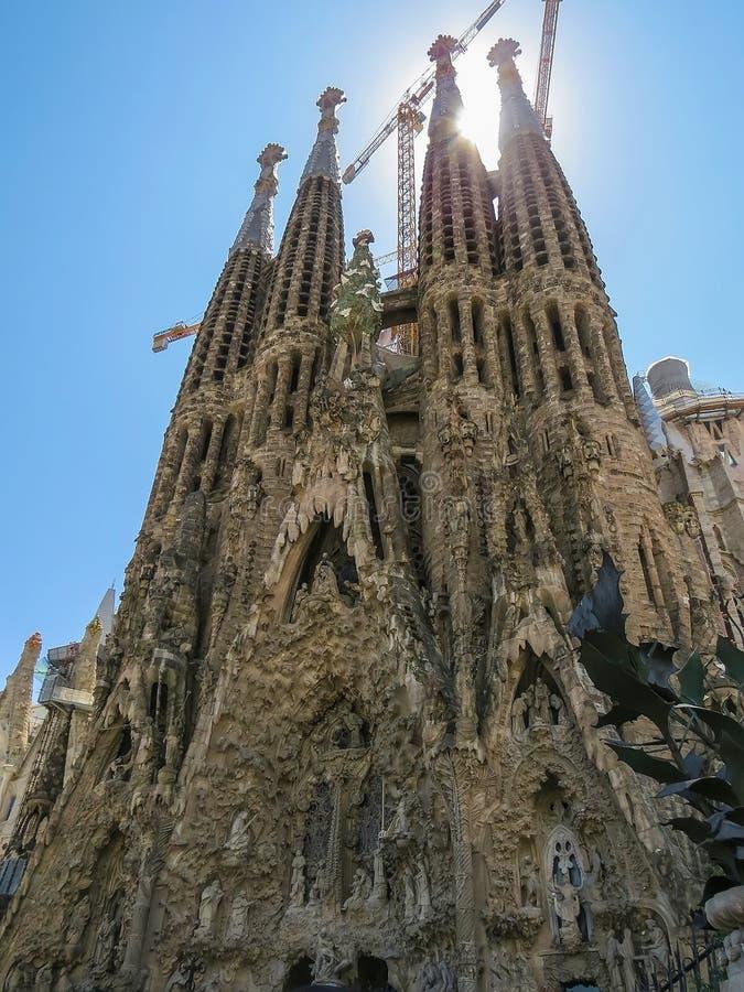 Vista del templo expiatorio de la familia santa Barcelona imágenes de archivo libres de regalías