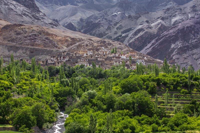 Vista del valle de Indus en Ladakh, la India imágenes de archivo libres de regalías