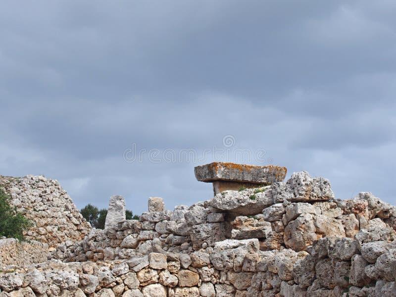 Vista del villaggio di Talaiotic delle Isole Baleari di Trepuco Minorca immagini stock