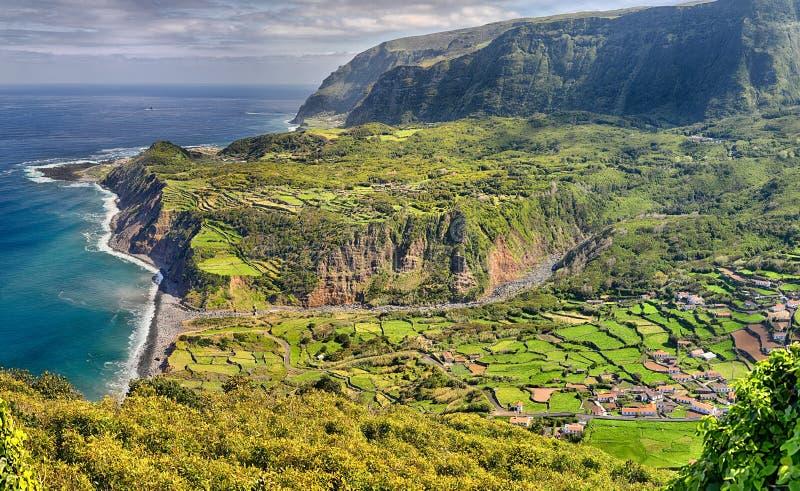 Vista del Westcoast delle isole delle Azzorre del Flores dell'isola fotografia stock libera da diritti