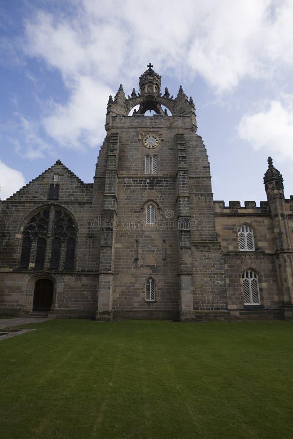Vista delantera de la capilla de College de rey, Aberdeen, Reino Unido fotos de archivo