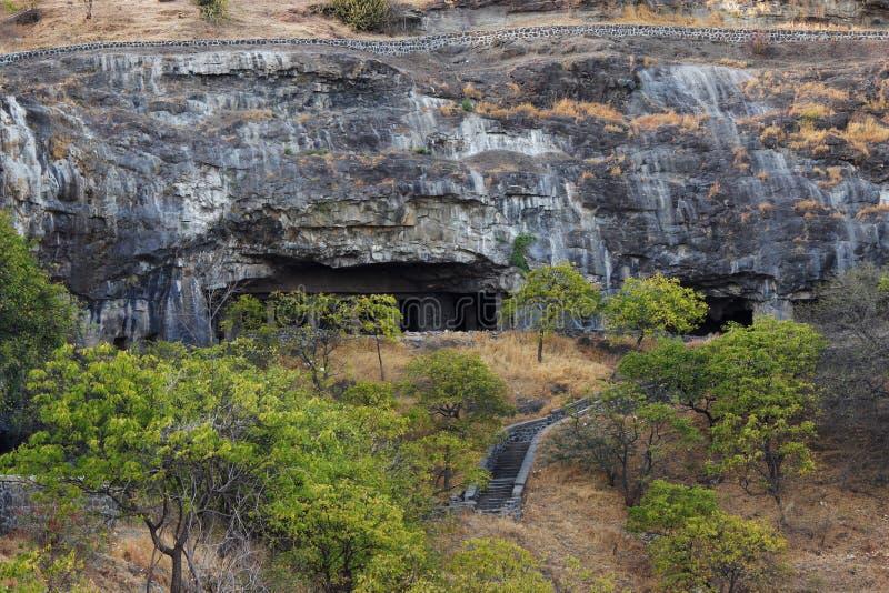 Vista delantera de las cuevas del chaitya de Buda, Aurangabad, maharashtra foto de archivo