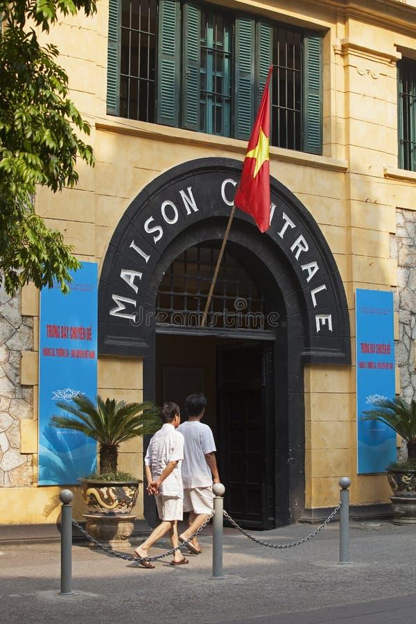 Vista delantera de Maison Centrale (Hoa Lo en vietnamita) fotografía de archivo