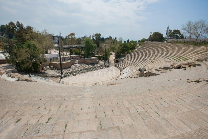 Vista dell'angolo alto dell'anfiteatro romano, Tunisi, Tunisia fotografia stock libera da diritti