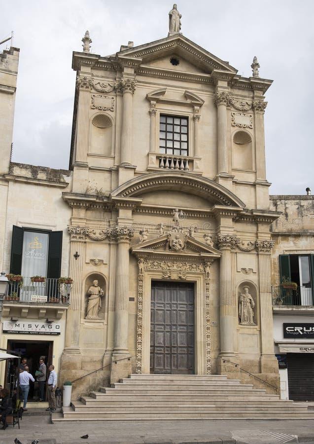 Vista dell'intera facciata della chiesa di Santa Maria della Grazia, Lecce fotografia stock libera da diritti
