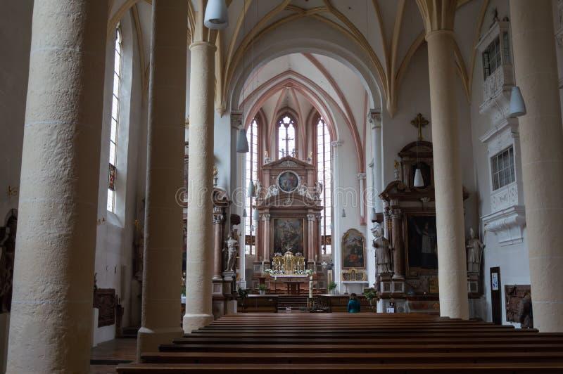 Vista dell'interno della chiesa di Berchtesgaden, Germania fotografia stock libera da diritti