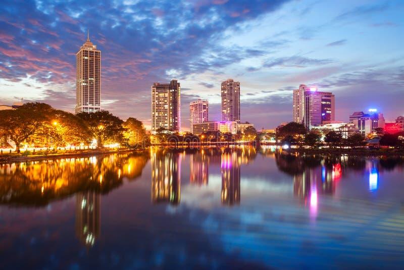 Vista dell'orizzonte della città di Colombo fotografie stock libere da diritti