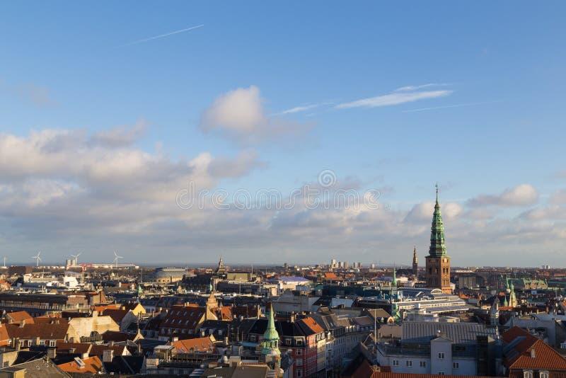 Vista dell'orizzonte di Copenhaghen dalla torre rotonda immagini stock libere da diritti