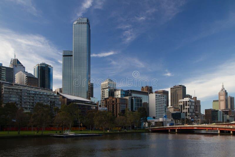 Vista dell'orizzonte di Melbourne da Southbank immagini stock