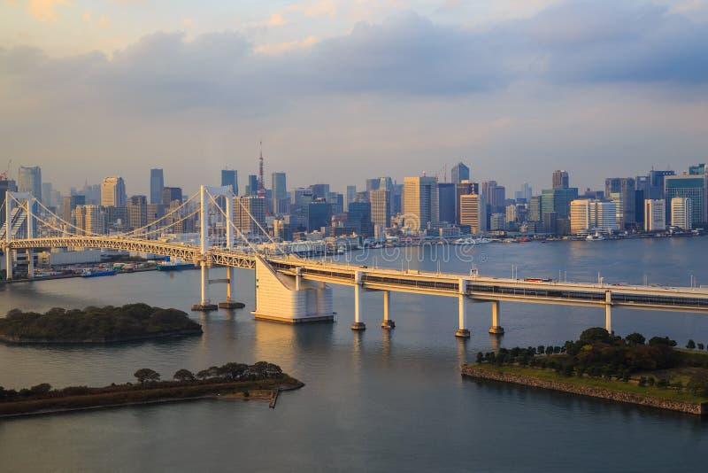 Vista della baia di Tokyo, ponte dell'arcobaleno fotografia stock