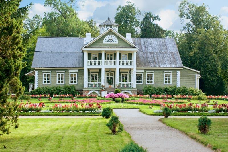 Vista della casa del nonno del poeta A S Pushkin, immagine stock