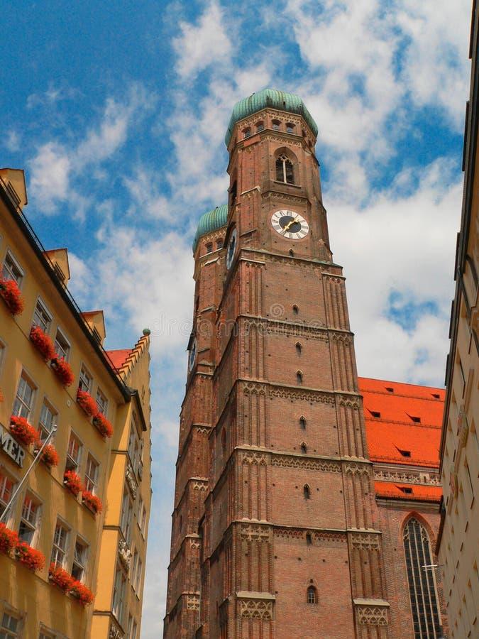 Vista della cattedrale di Monaco di Baviera fotografia stock libera da diritti
