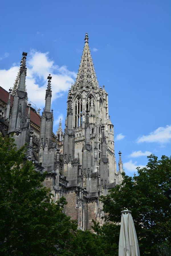 Vista della cattedrale Ulmer Munster di Ulm nella città storica di ULM, Germania del sud geny fotografia stock