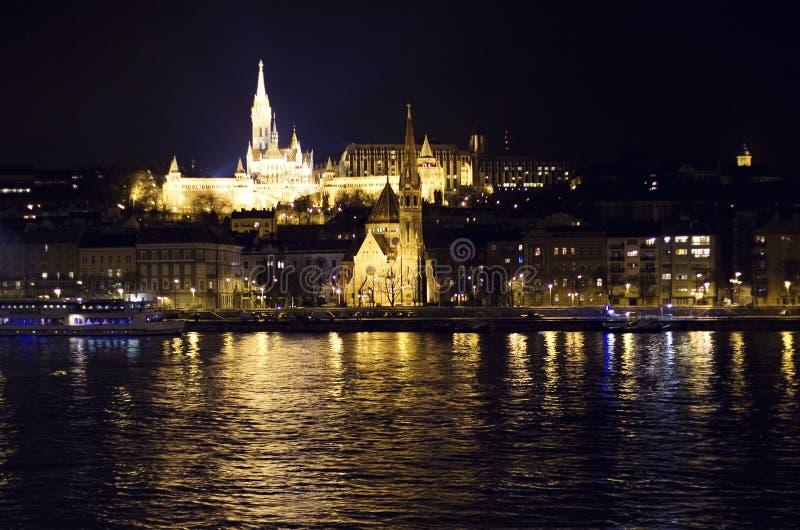 Budapest alla notte fotografie stock